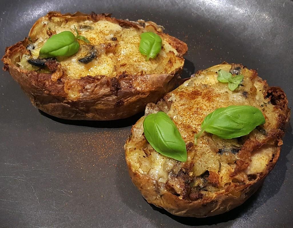 Chicken & olives loaded potato skins